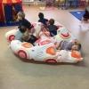 grote-motoriek-een-bewegende-mat-gevuld-met-ballonnen